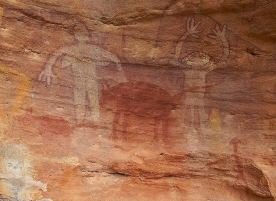 Rockpaintings in North Australia around 35,000 b.c.