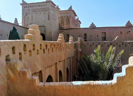 Wüsten Kasbah in Süd Marokko auf einer Expeditionsreise nach Marokko mit Outback Expeditions