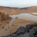 Nach starken Regenfällen sammelt sich das Wasser zwischen den Dünen zu einem See
