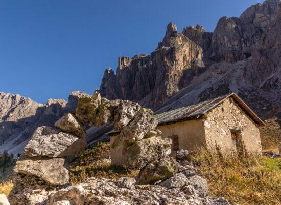 Eine Offroad und Abenteuerreise 4x4 Adventure in Italien und Frankreich auf verborgenen Schmugglerpfaden zu Forts aus dem 1. Weltkrieg