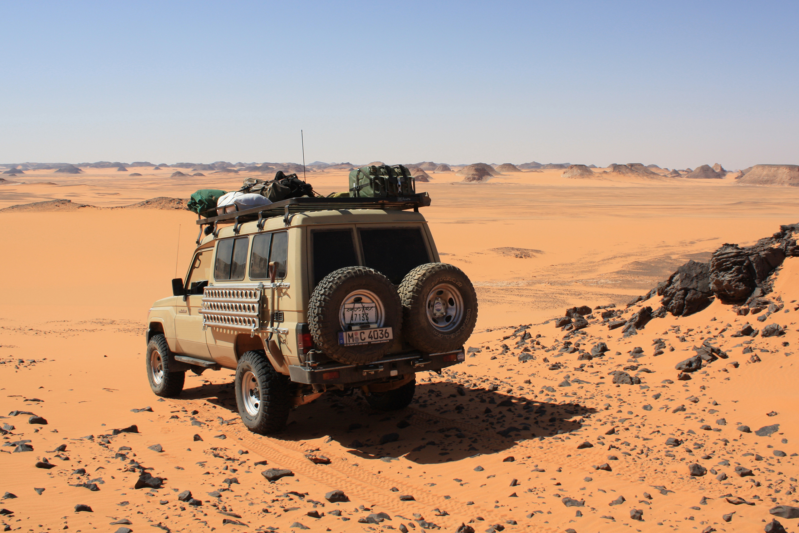 Landcruiser Outback Expeditions Zentralsahara Libyen