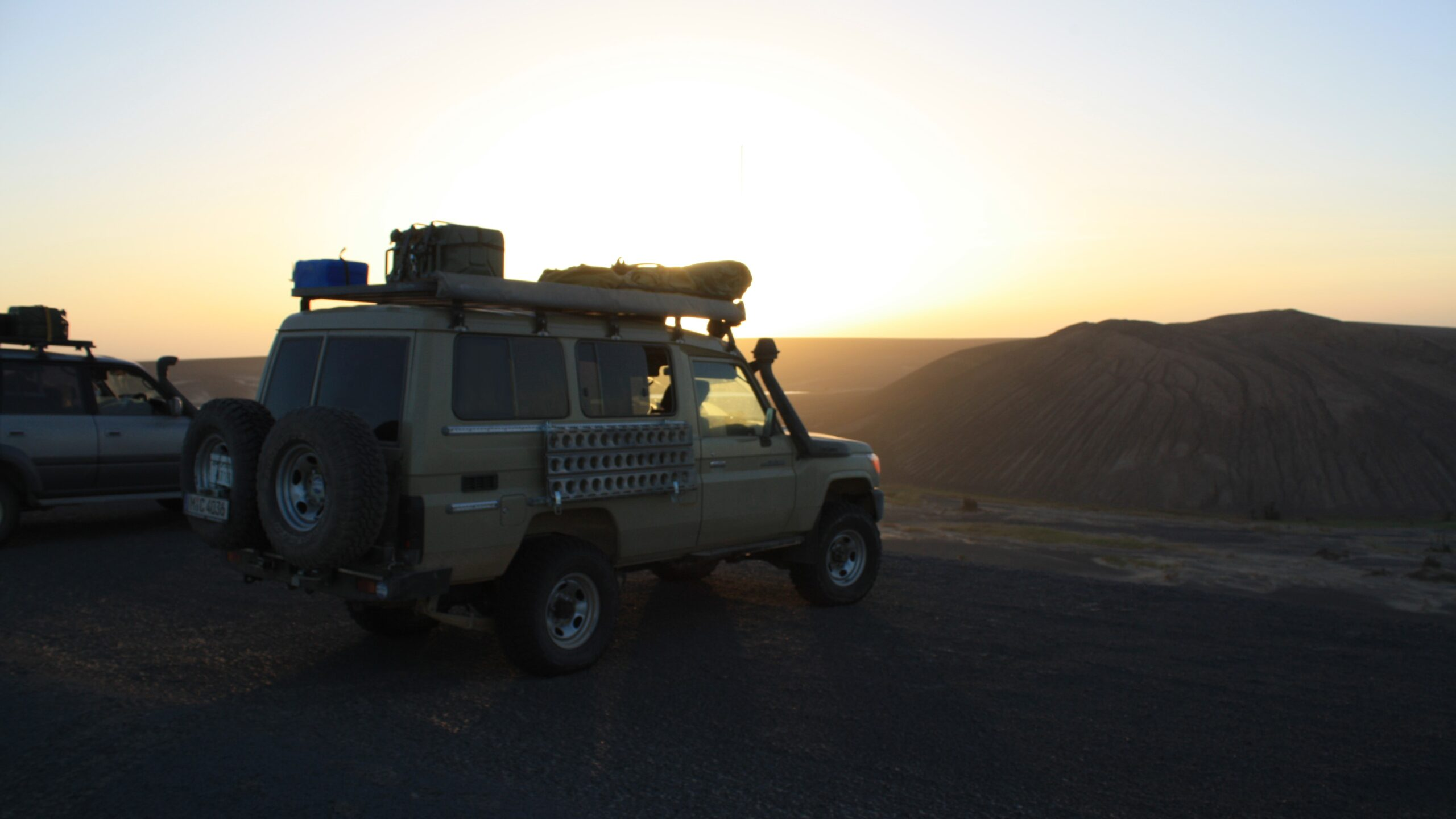 Outback Expeditions professional travelling off the beaten track worldwide