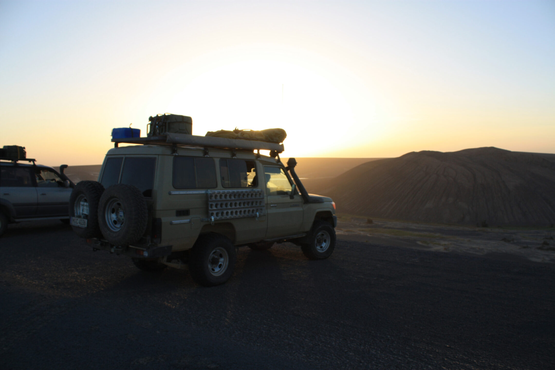 Outback Expeditions off the beaten track professional travelling worldwide